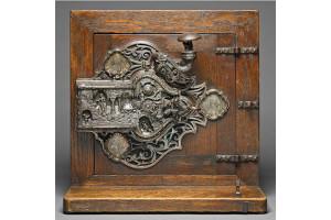 Произведение искусства или утилитарное устройство? Замок «Белоснежка и семь гномов»